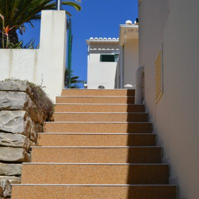 GoDiamond resin bound steps and edging